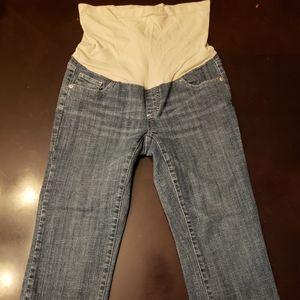Maternity crop jeans